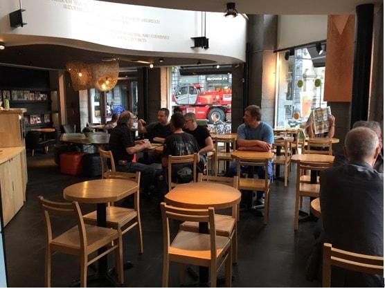 ベルギー観光カフェ