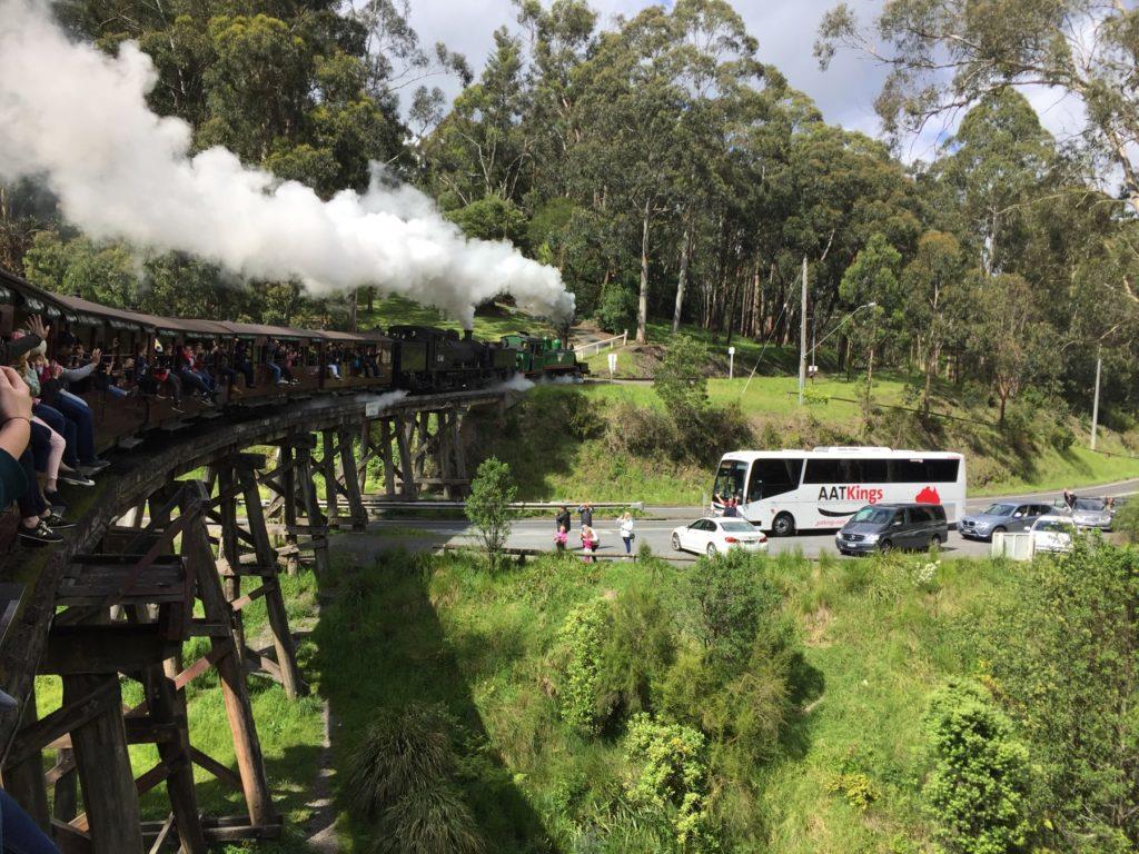 メルボルン観光 パッフィンビリー鉄道