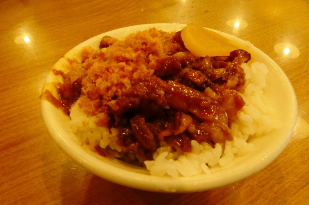 台湾 食事 龍山寺
