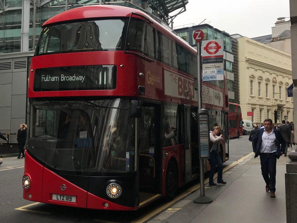 イギリス 治安 バス