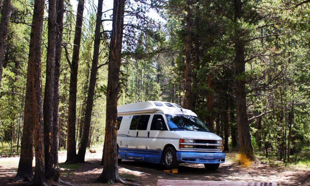 アメリカ キャンプ