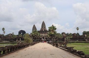 カンボジア 観光